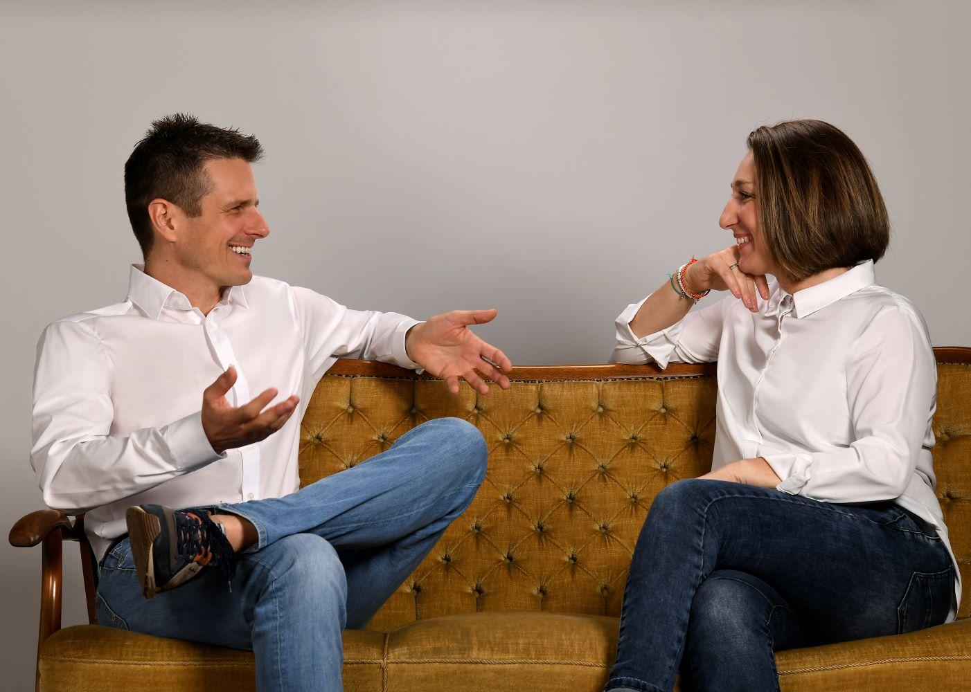 Boris Schickedanz mit Coaching Klient Couch